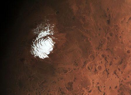Okolice bieguna południowego Marsa i południowa czapa polarna Czerwonej Planety. Fot. ESA