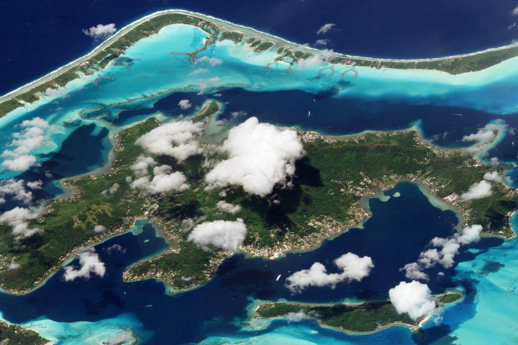 Atol Bora Bora w Polinezji Francuskiej. Fot. Planet Labs