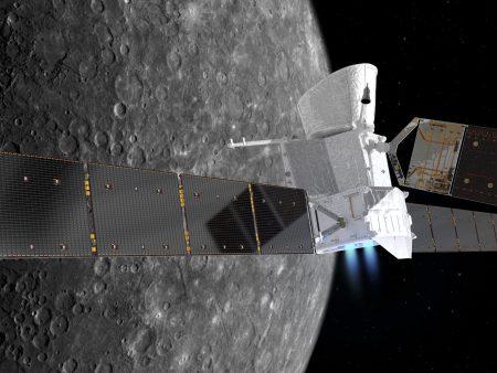Wizja artystyczna sond misji BepiColombo w chwili ich dotarcia w okolice planety Merkury. Rys. ESA.